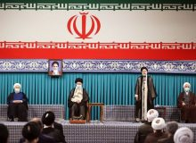 بی توجهی به رهنمودهای امام و رهبری دلیل مشکلات و گله مندیهای مردم